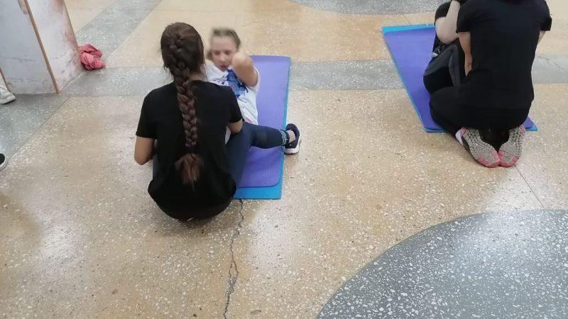 Воспитанницы женской губернаторской гимназии приступили к выполнению нормативов ГТО